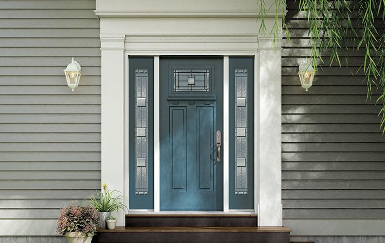 N_SmoothSteel_3PanelShaker_SevilleGlass.jpg & MaXima Doors
